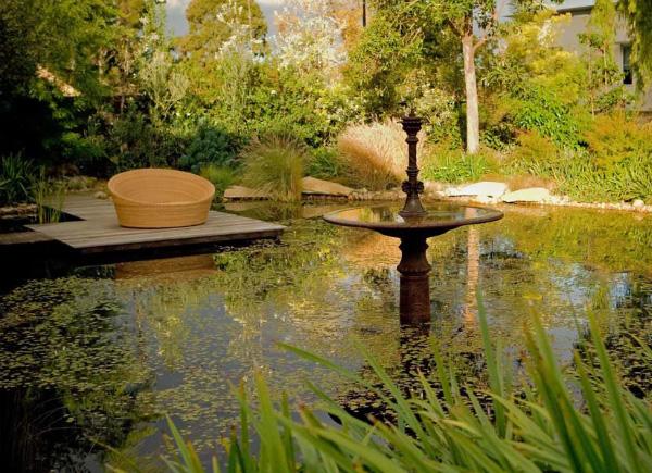 romantic-garden-design-eckersley-2
