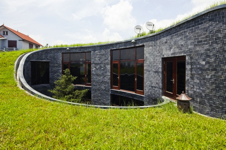 The swirling green-roof