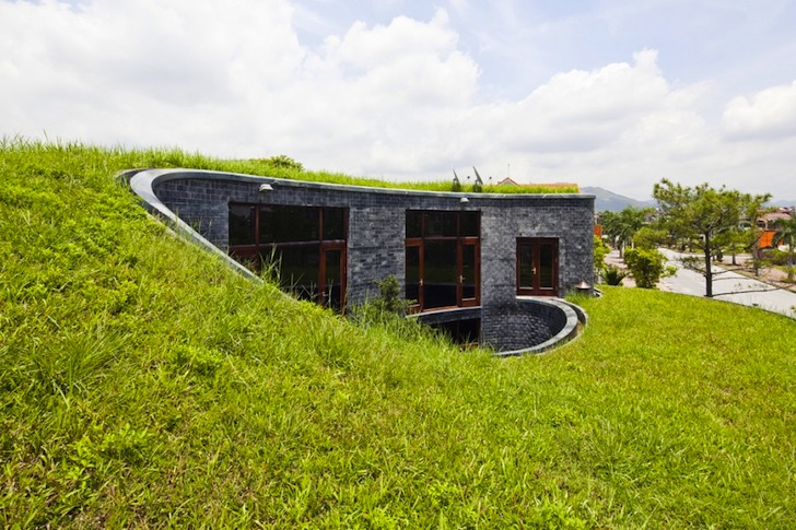 Stone-House-by-Vo-Trong-Nghia-Architects-2