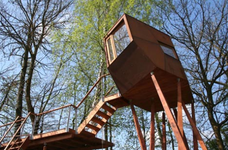 Cool Creative Tree-house