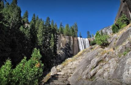 Yosemite MistTrail