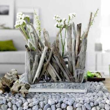 Drift-wood with fresh cut-flowers