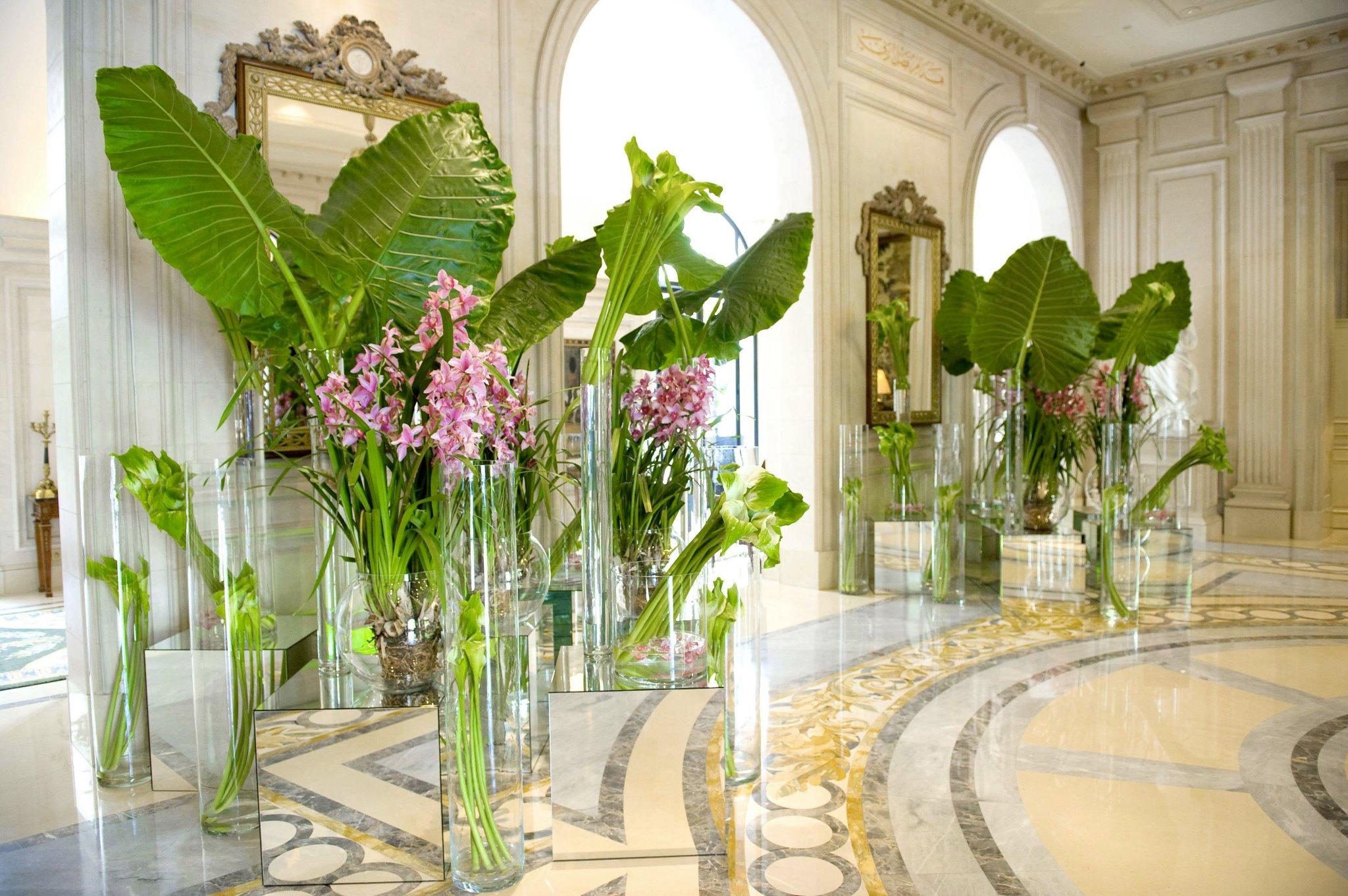 Jeff Leatham Makes Flowers Bloom At The Hotel George Vi Spy By Blye
