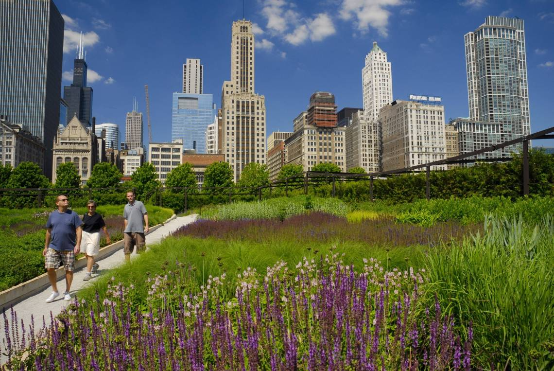 22-The-Lurie-Garden_-photo-Patrick-PyszkaSM
